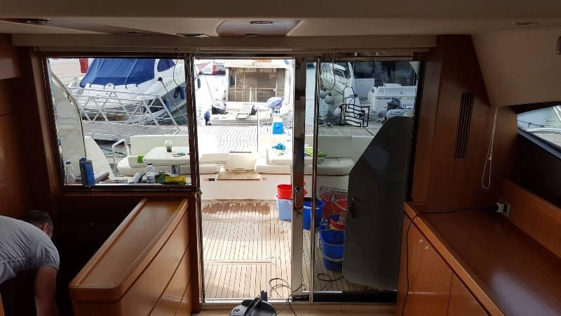 My Clean- Καθαρισμός πολυτελούς σκάφους 12
